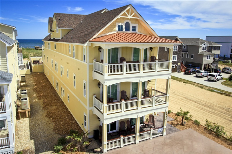 Custom homes florez design studios for Coastal carolina home plans