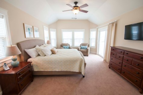 Master Bed / For More Info on vacationing in this home Visit:http://www.carolinadesigns.com/corolla-vacation-rental/480-ten-tan-toes/